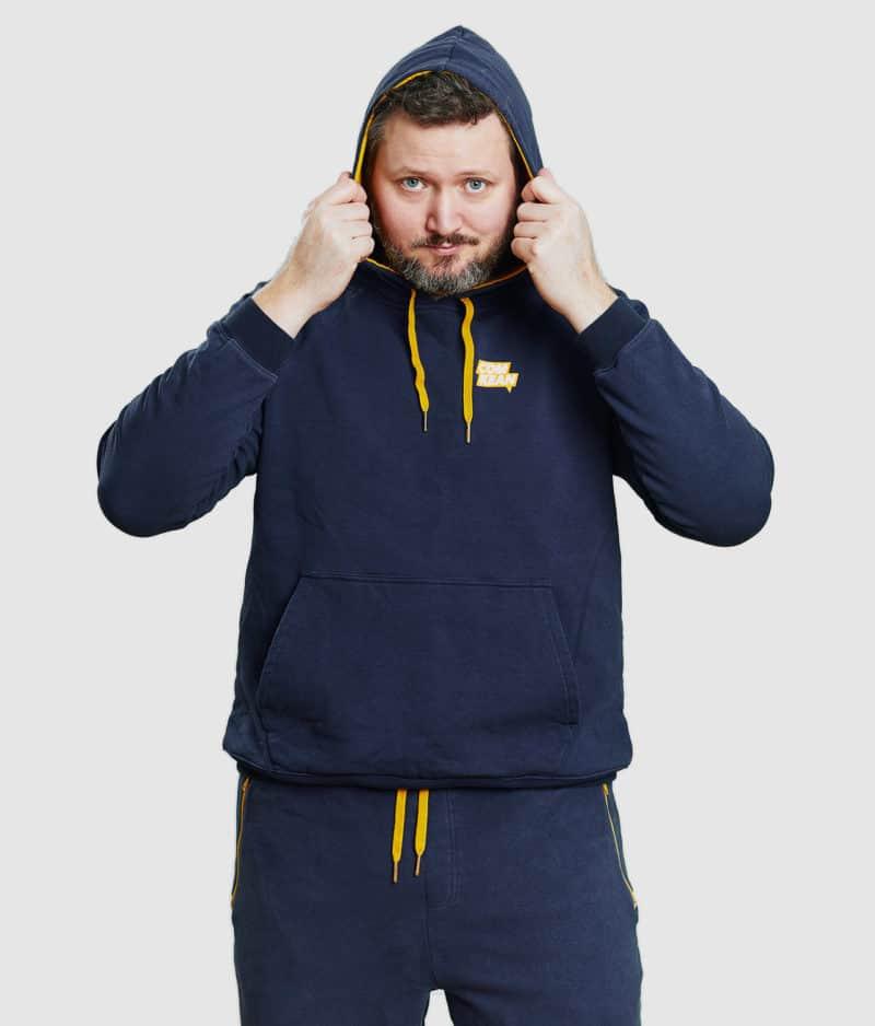 comkean-progamer-hoodie-modeled