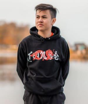 t0nse-hoodie-jet black-model-1