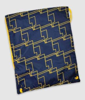 comkean-progamer-gymnastikpose-back